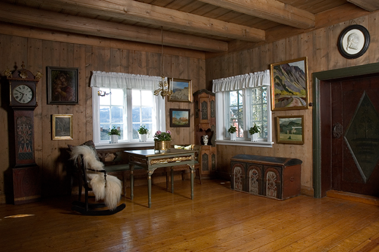 Peisestua på Bjerkebæk Sigrid Undsets hjem
