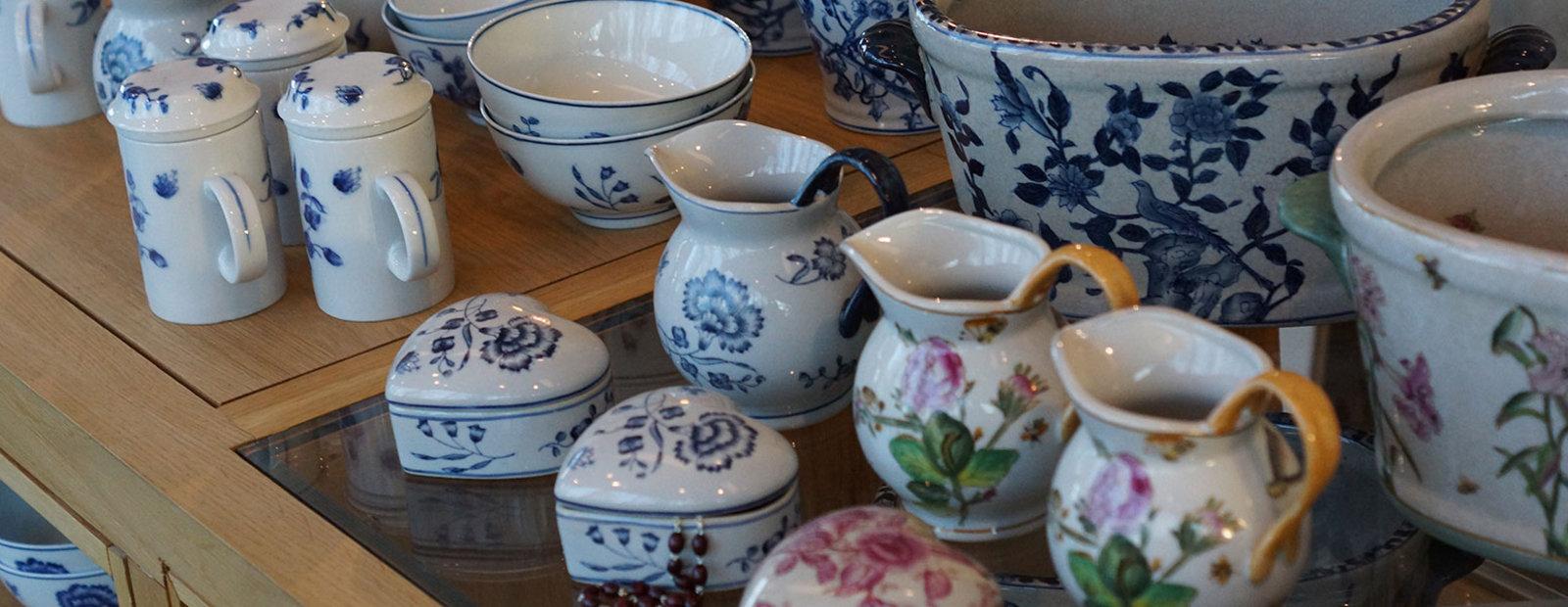 Varer fra Simply Scandinavia i museumsbutikken på Bjerkebæk Sigrid Undsets hjem