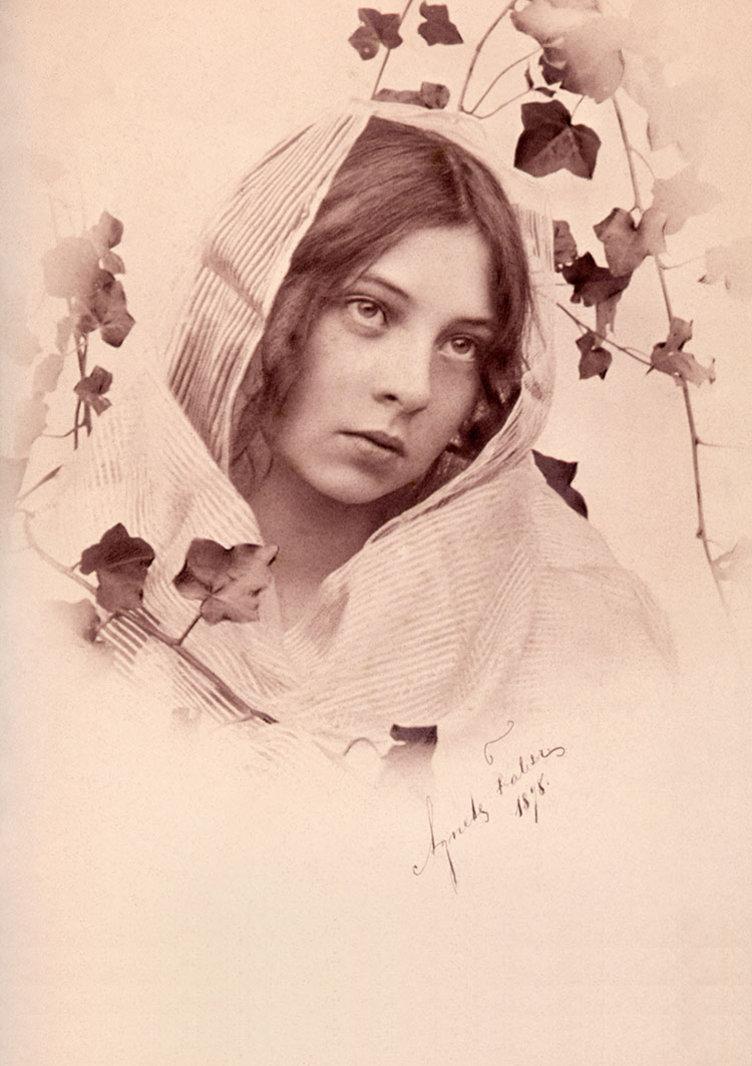 Sigrid Undset som ung